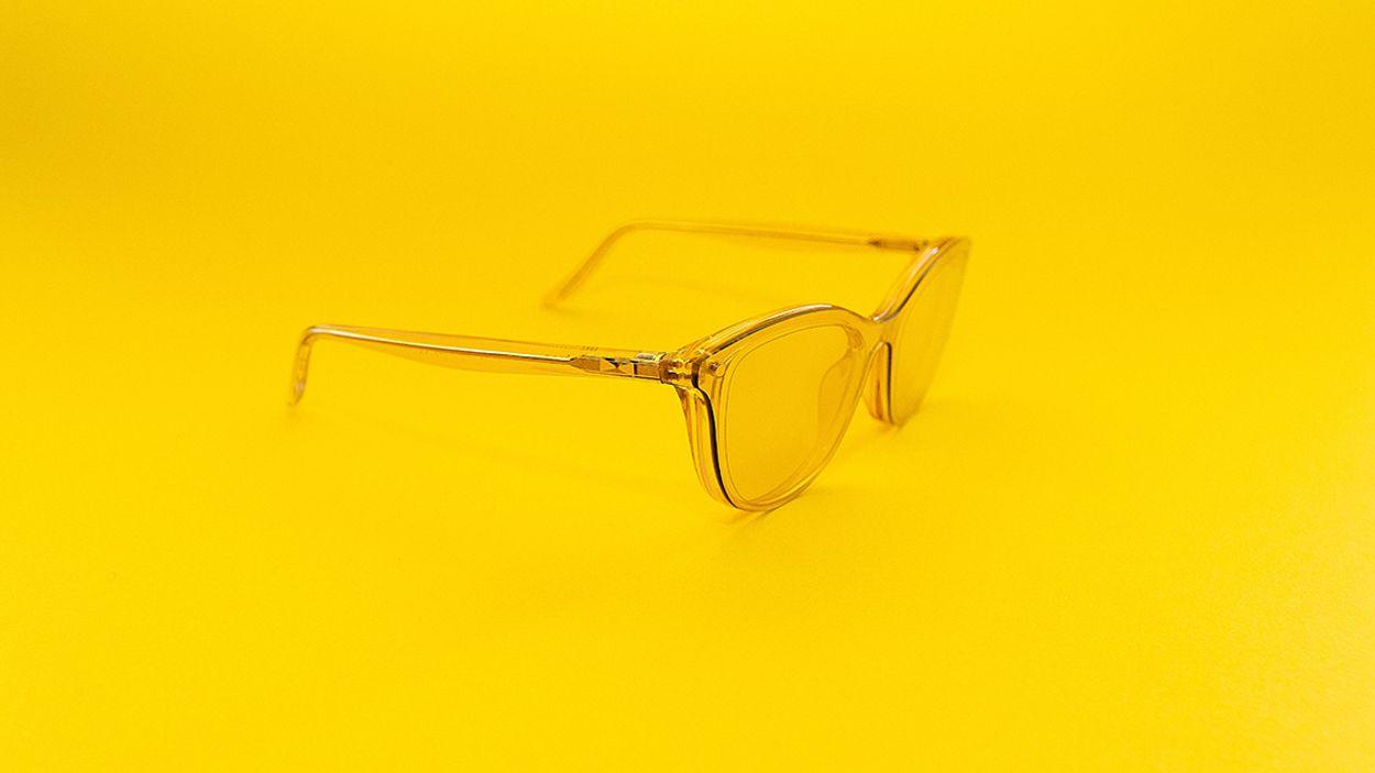 Afbeelding van Zaterdag in Kassa: De (on)zin van blauw-lichtbrillen