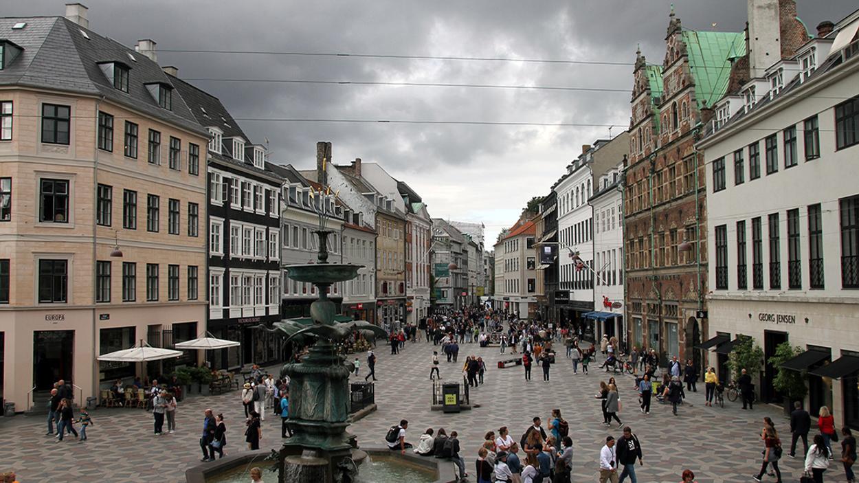 Afbeelding van Belbus: Booking.com gaat driedubbel de mist in