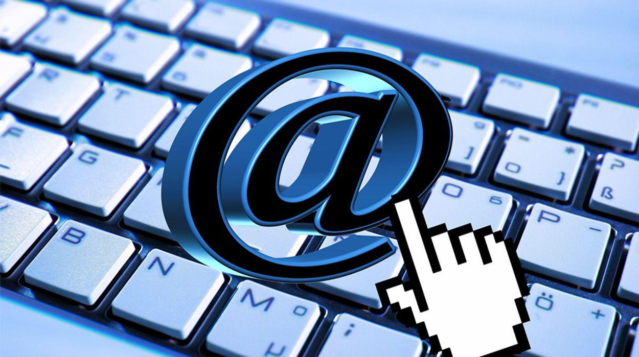 Afbeelding van Vele miljoenen e-mailadressen en wachtwoorden openbaar gemaakt door datalek