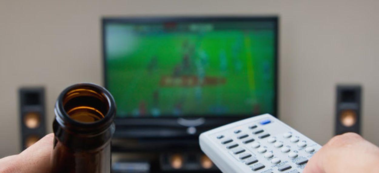 Afbeelding van Nederlander keek gemiddeld 196 minuten tv