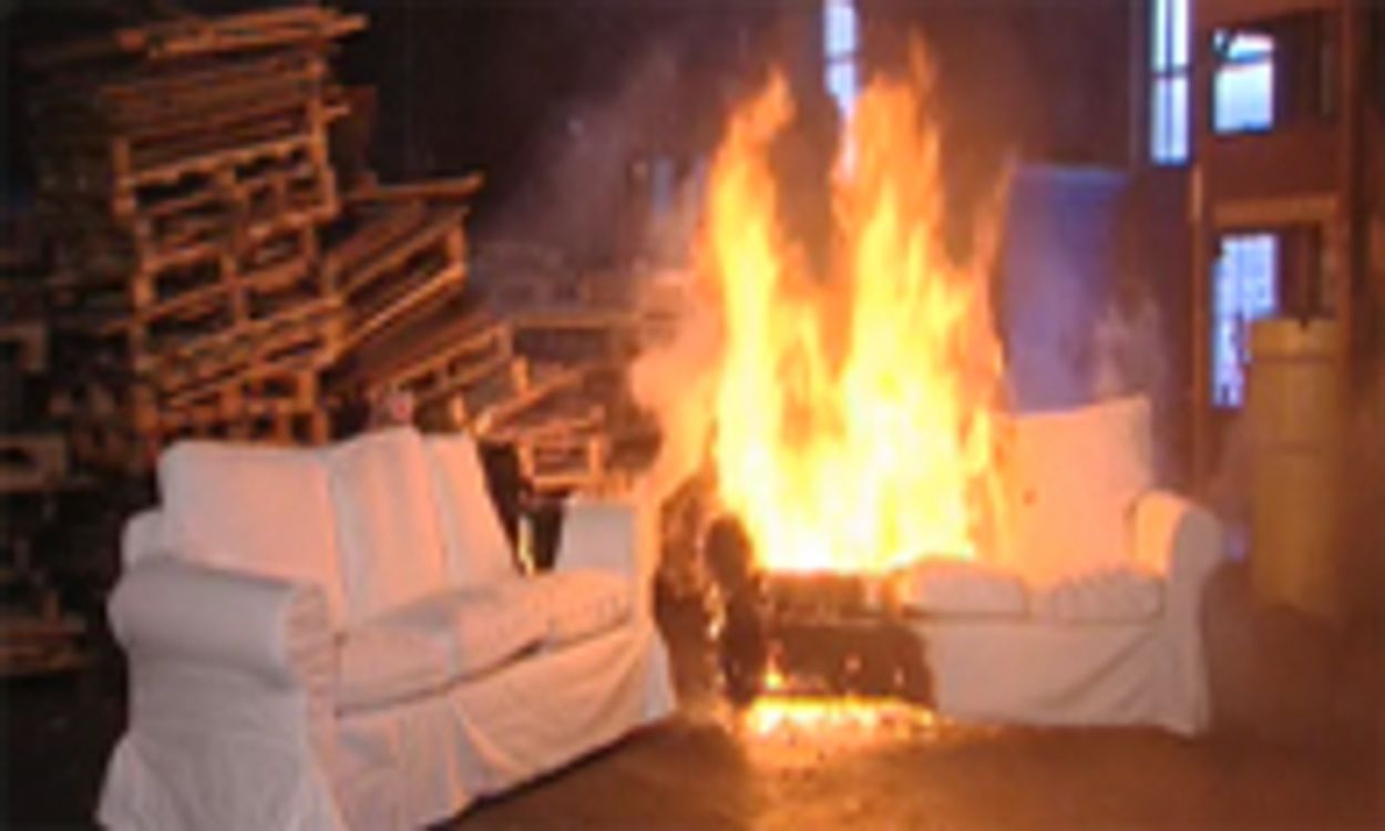 Afbeelding van Toekijken bij brand gevaarlijker dan gedacht