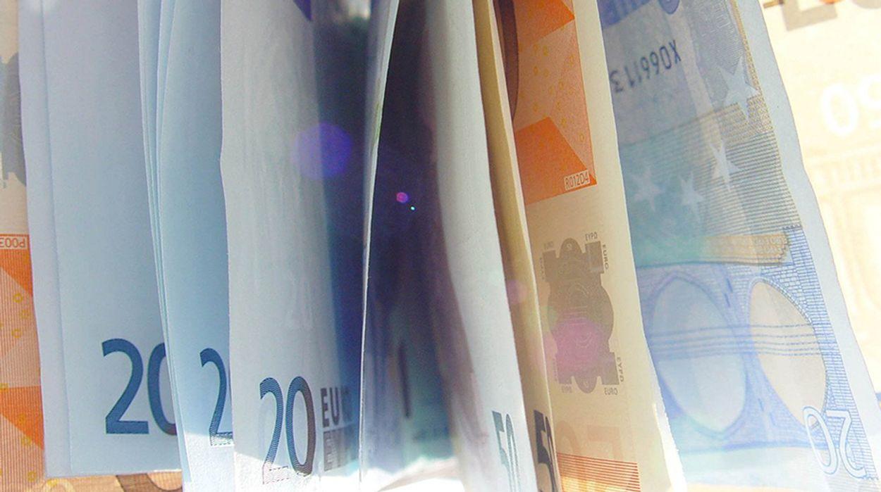 Afbeelding van 'Apotheken moeten contant geld aannemen'