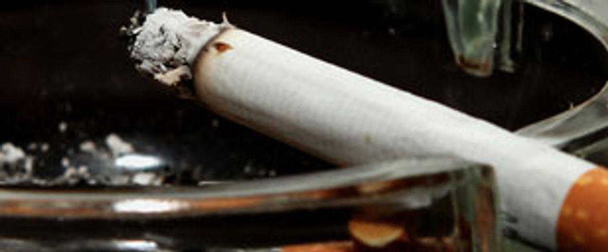 Afbeelding van Rokers vooral de klos door fiscus