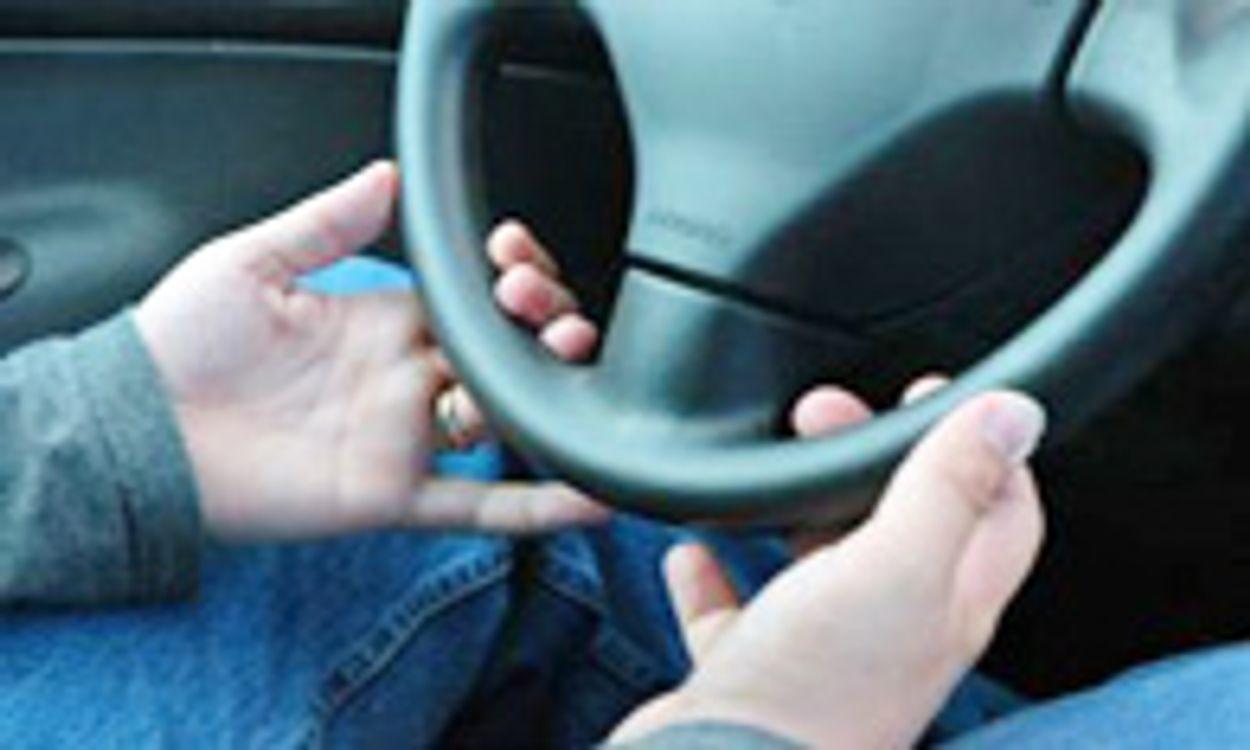 Afbeelding van VVD en PvdA: automobilist pas keuren bij 75