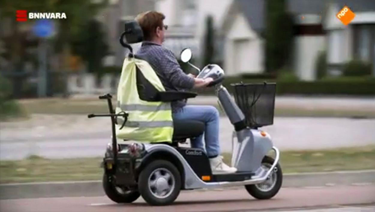 Afbeelding van Onderzoek: rijden met scootmobiel moet veiliger