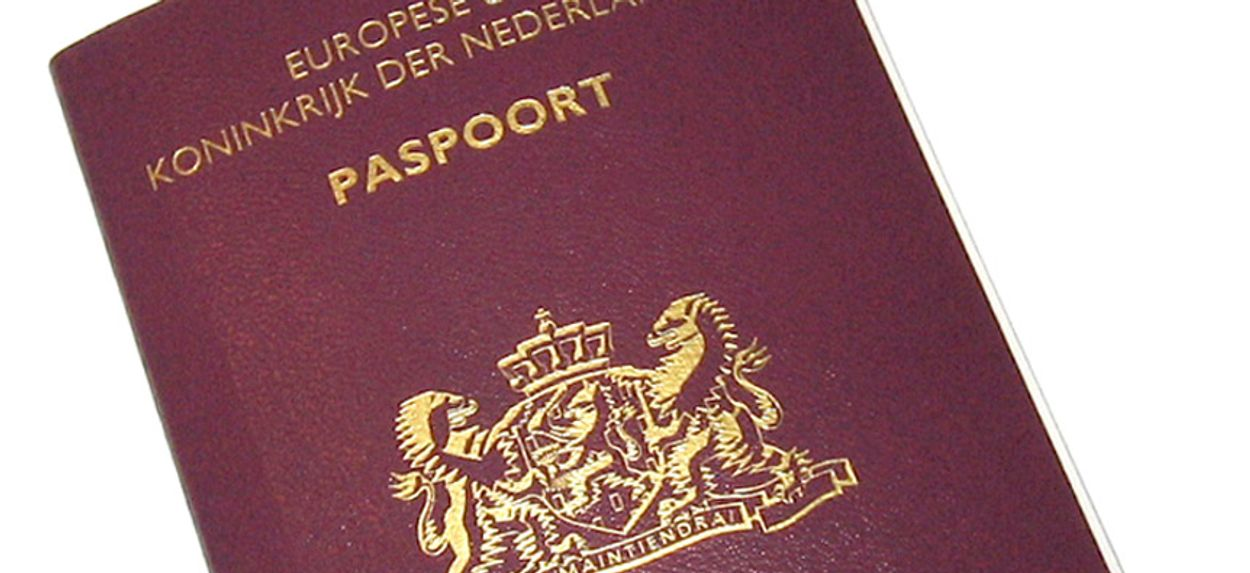 Afbeelding van Advies EU-hof: vingerafdruk in paspoort mag