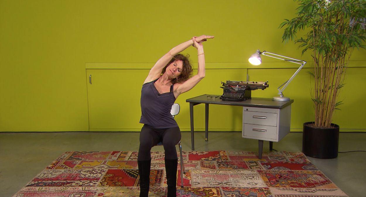 Afbeelding van Relax... It's Friday! - Yoga-oefening met Carine