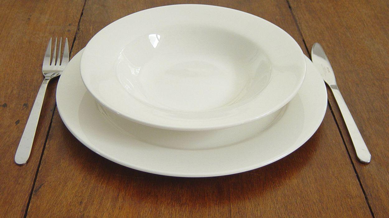 Afbeelding van 'Veel tafeltje-dek-je maaltijden ongezond en niet lekker'