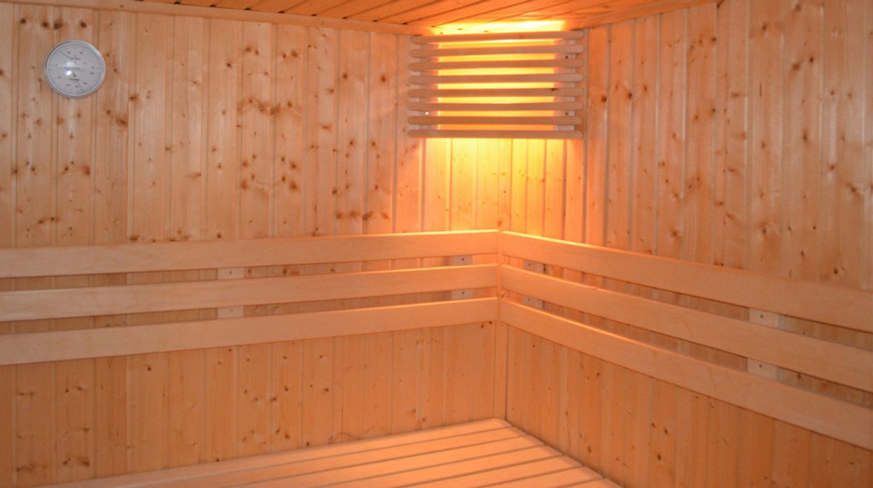 Afbeelding van Onderzoek naar camera's in kleedruimte sauna