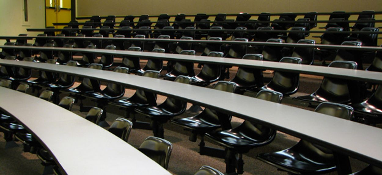 Afbeelding van Minister mikt op lager collegegeld topstudie