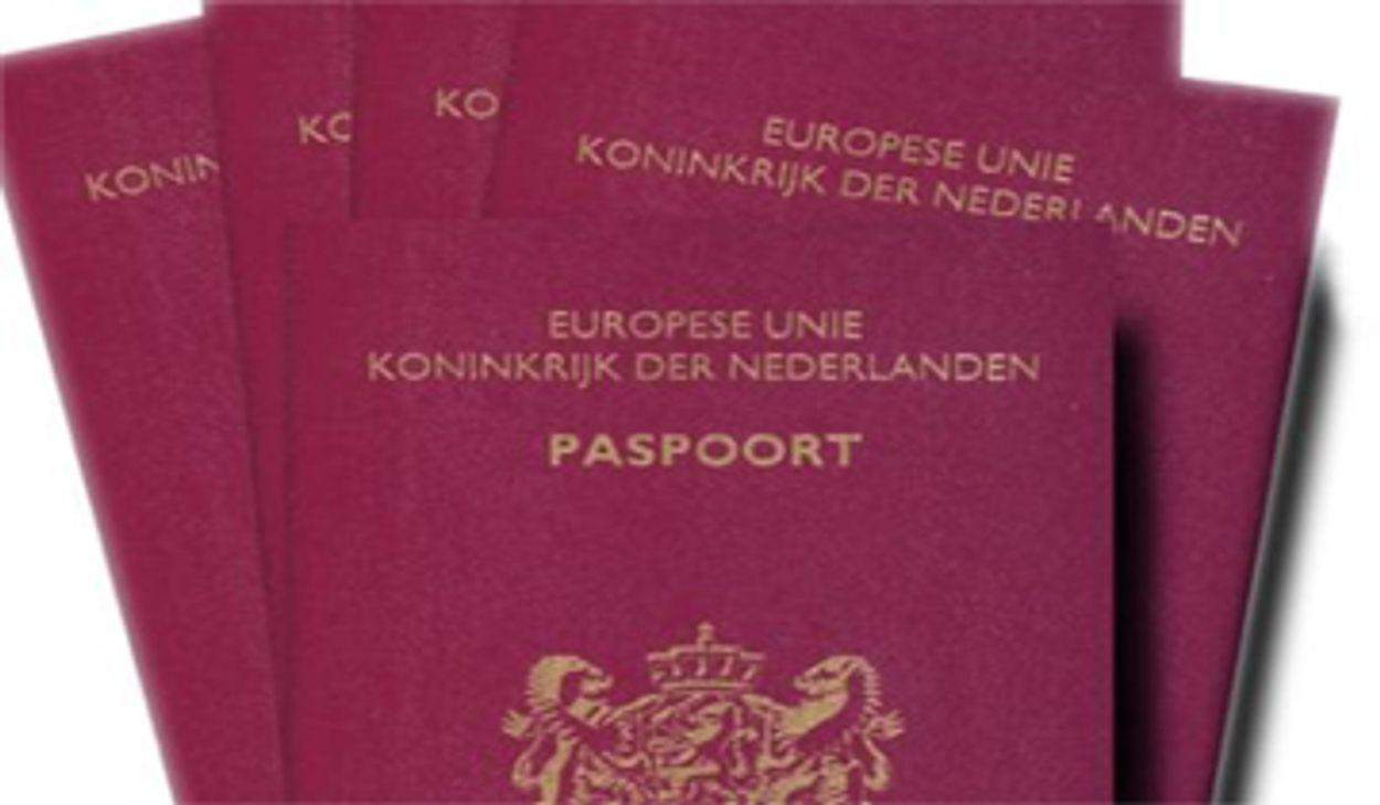 Afbeelding van Nieuw paspoort in 2011