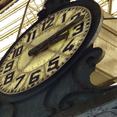 Afbeelding van 'Zorgverzekeraar moet wachttijden aanpakken'