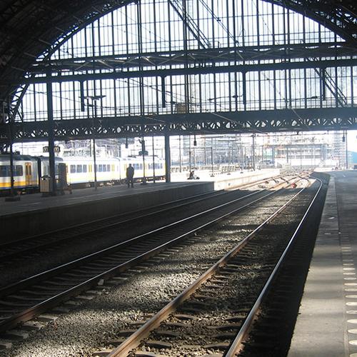 Afbeelding van NS: mijd Amsterdam donderdag indien mogelijk