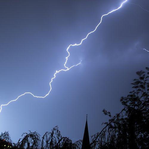 Afbeelding van Onweersbuien trekken over het land