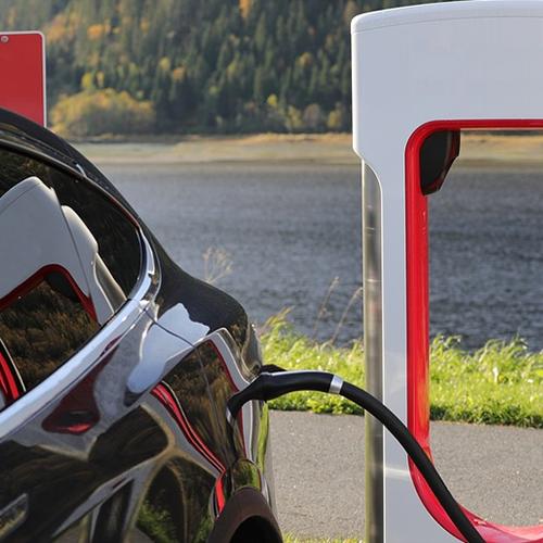Afbeelding van Verkoop van elektrische auto's verdubbeld