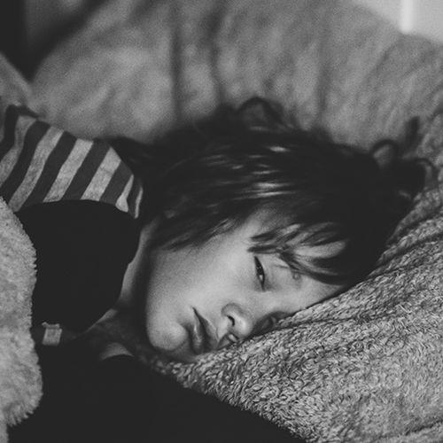 Afbeelding van 5% jonge tieners slikt regelmatig melatonine