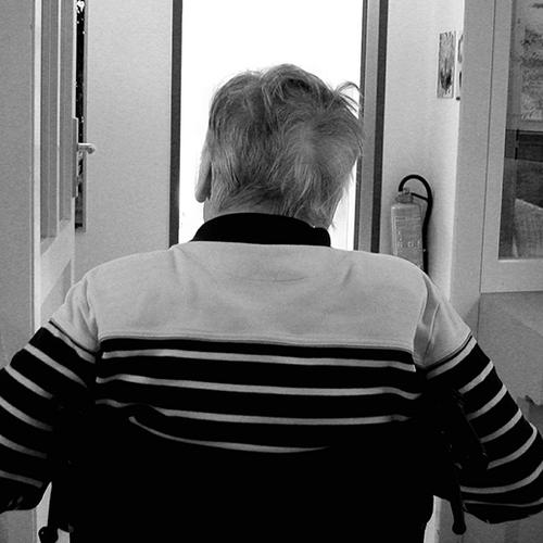 Afbeelding van Kamer: wijs mantelzorgers op beschikbare ondersteuning