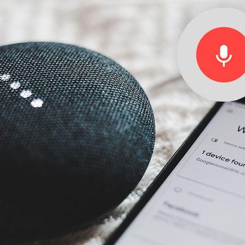 Afbeelding van Google-medewerkers luisteren gesprekken met slimme apparaten af