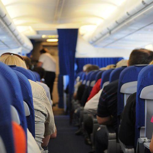 Afbeelding van IATA wil actie EU tegen passagierstoeslagen