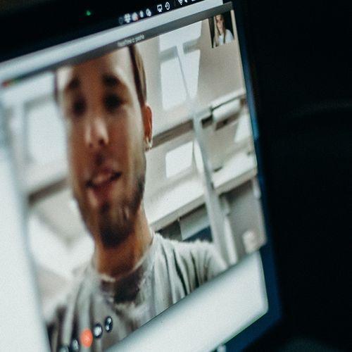 Afbeelding van Privacy videobellen | Agressieve incassobureaus | Boodschappen met handicap