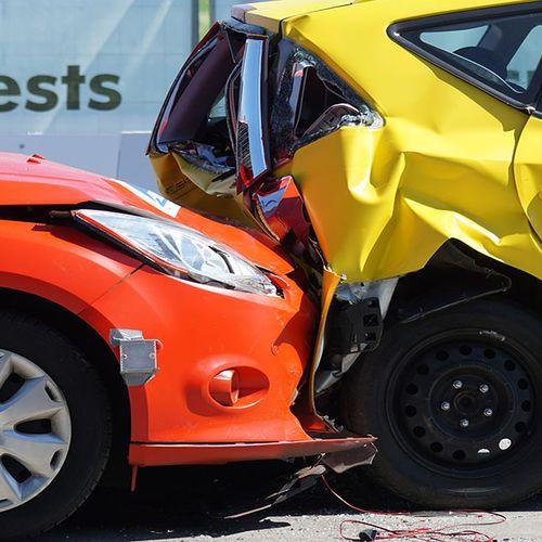 Afbeelding van 'Minder schademeldingen auto's door corona'