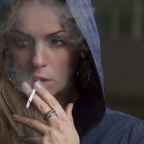 Afbeelding van Bureaus schrijven illegaal antidepressiva tegen roken voor