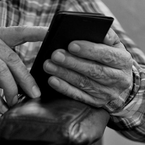Afbeelding van Kan sociale media helpen tegen eenzaamheid?