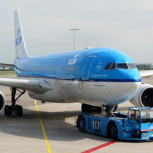 Afbeelding van KLM voor de rechter om compensatie Schiphol brandstofstoring
